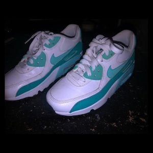 Nike White/Teal Airmax